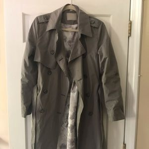 Soia and Kyo trench coat. Like new! Sz medium
